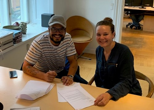 Shaka Loveless signs publishing deal