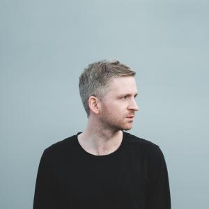 ÓLAFUR ARNALDS SIGNS TO WISE MUSIC GROUP