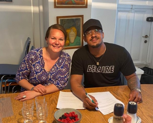 Brandon Beal signs publishing deal