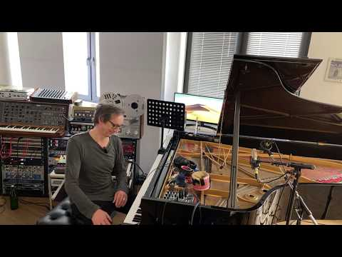 Hauschka's Home Studio