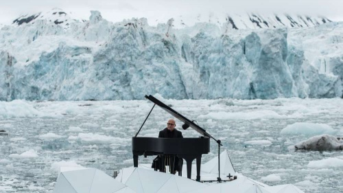 Ludovico Einaudi and Greenpeace in campaign to save the Arctic