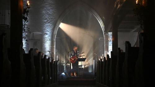 Rodolphe Burger s'essaie avec succès au concert en streaming payant