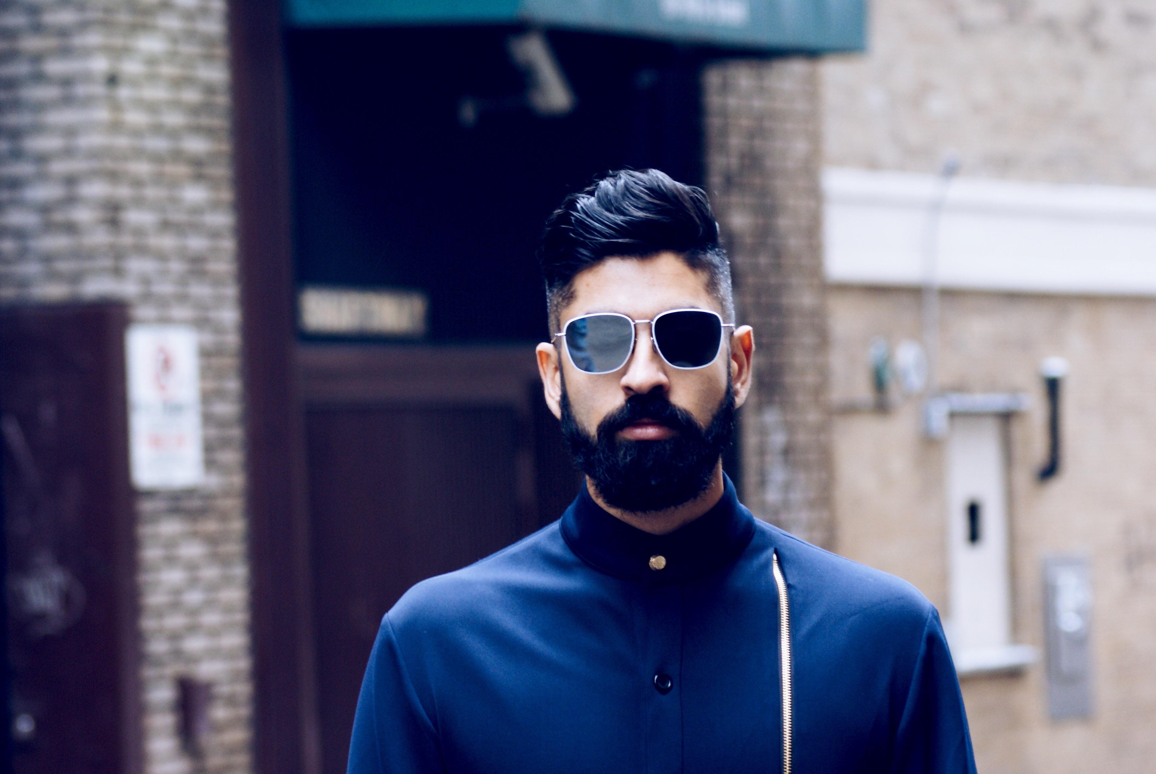 Atlas Signs Singer / Songwriter TOTEM