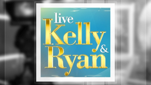 "Prince Royce performs ""Deja Vu"" on LIVE! With Kelly and Ryan"