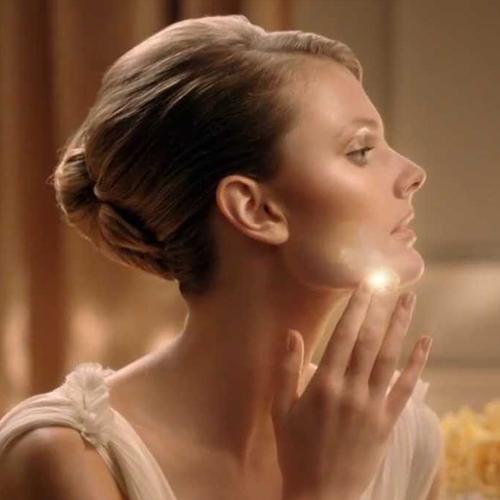 Estée Lauder Double Wear Light Makeup Commercial